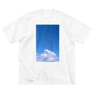 青い空と白い雲 Big Silhouette T-Shirt