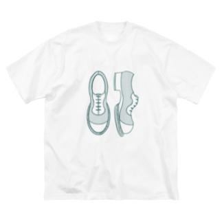 シンプル革靴 薄め Big Silhouette T-Shirt