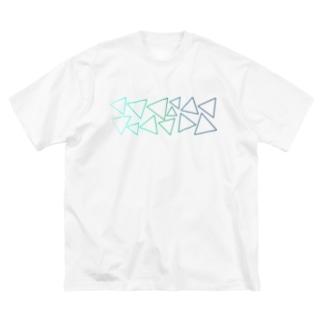 緑色のグラデーションの三角形 Big silhouette T-shirts