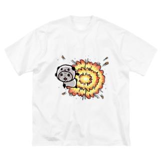 パンダinぱんだ(爆発) Big silhouette T-shirts