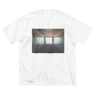 癒しの風景(海への入口) Big silhouette T-shirts