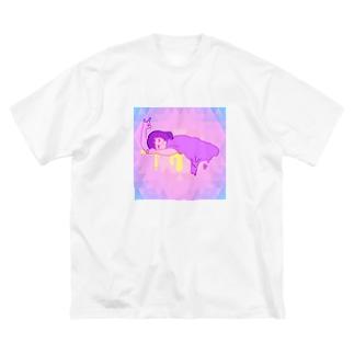 とろけガール Big silhouette T-shirts