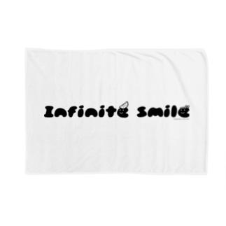 あさみんSHOP(いっ福商店)のinfinite smile(ねじり:黒) Blankets