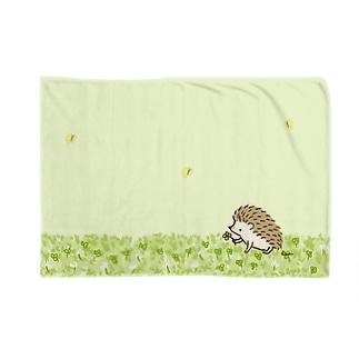 シロツメクサとハリネズミ Blankets