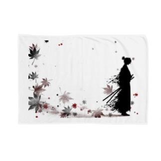 侍と舞う紅葉 Blankets