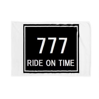 航空 グッズ 777  RIDE ON TIME Blankets