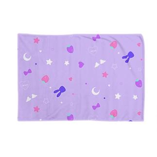 DREAM PURPLE Blankets