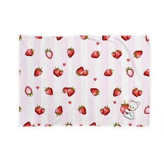 くまといちごのもよう Blankets
