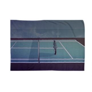 テニスコートより Blankets