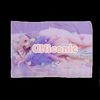 UNiconicのゆめかわサイバーなうるる嬢 Blankets