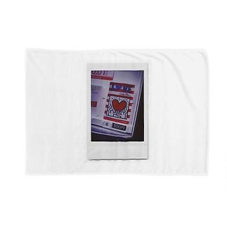 love & peace Blankets