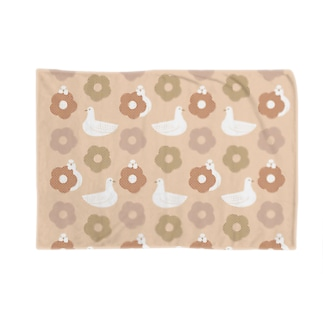 蕎麦ぼうろとハト 桃 Blankets