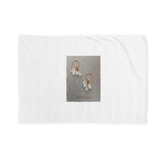 レインボームーンストーン Blankets