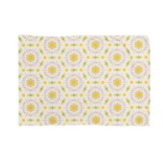 幾何学模様「蒲公英」 Blankets