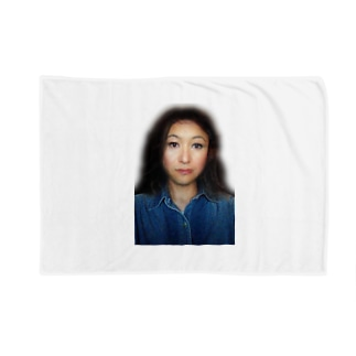 謎の美女 Blankets