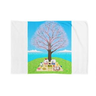 花見をする猫家族 Blankets