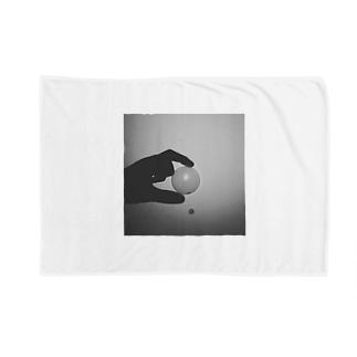 潰したい物 Blankets