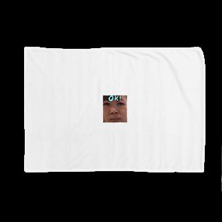 _512gのよ Blankets