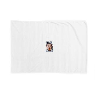 鼻水を垂れ流し憤る幼児T Blankets