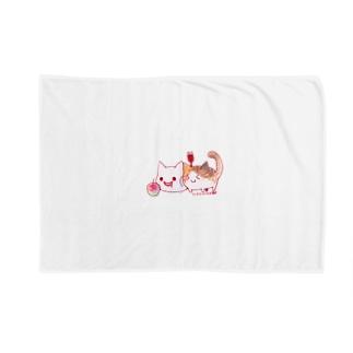 ねこさんと三毛猫とリンゴ Blankets