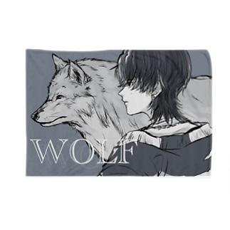 WOLF Blankets