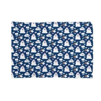 おやすみ前のおばけごっこ Blankets