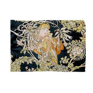 ミュシャ『 ヒナギクを持つ女性 』 Blankets