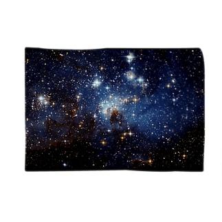 大マゼラン星雲の星形成領域、LH 95 Blankets