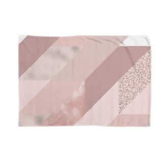 異素材モード系PINK。 Blankets