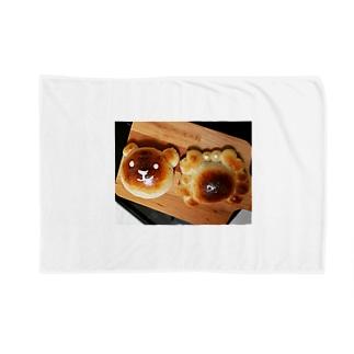 カニパンと熊パン Blankets