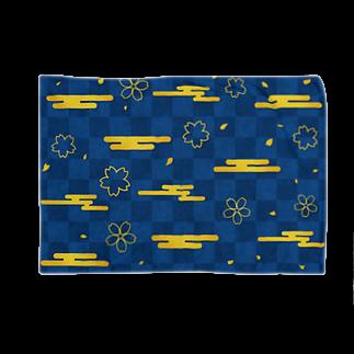 つきしょっぷの青い和柄 雲と桜 Blankets