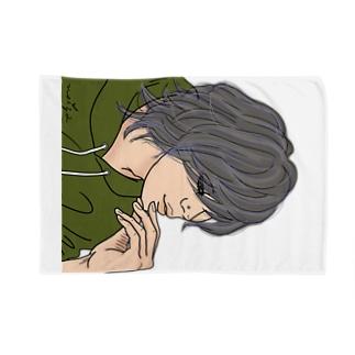 意外とまつ毛長いンだね♪ Blankets