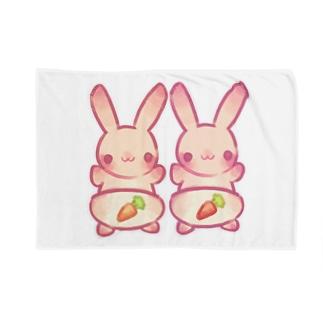 ユキのオムツうさぎ Blankets