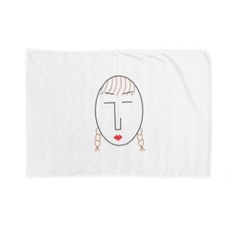 the face様 (顔) Blankets