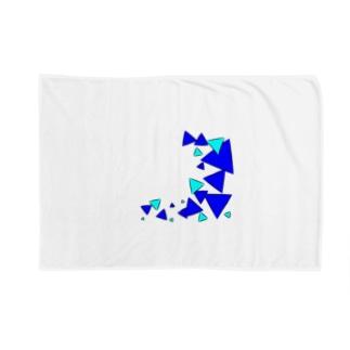 青三角 Blankets