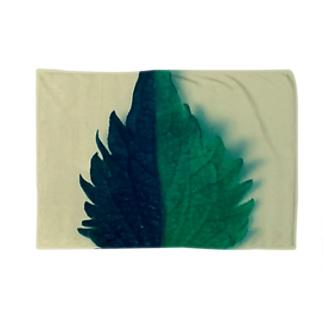 半分な紫蘇2 Blankets