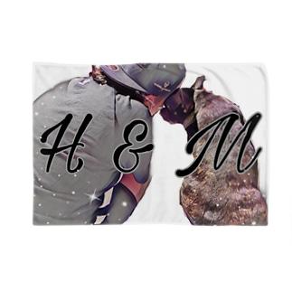 H&M Blankets