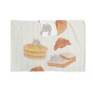 パンとブリショ Blankets