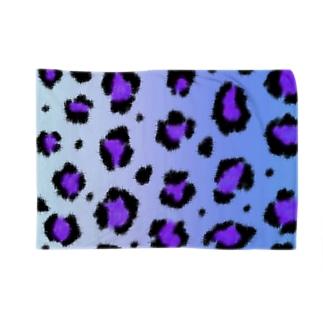 Blue leopard Blankets