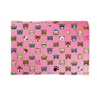 荒ぶるチワワ ピンク Blankets
