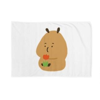 Capybara「Pokke」赤チューリップ Blankets