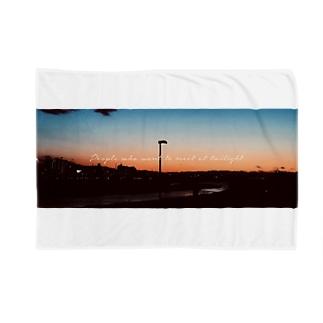 黄昏時 Blankets