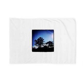 onochan from Insta Blankets