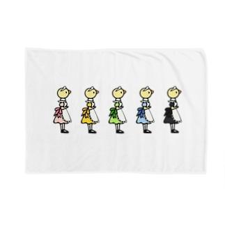 5にんのひよこメイド Blankets
