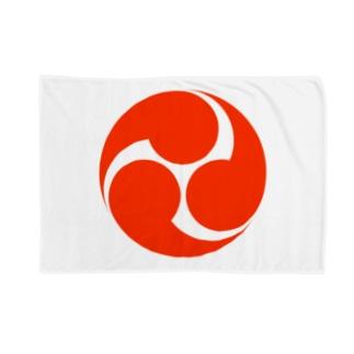 赤三つ巴 Blankets