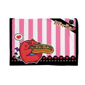DEvila & sandwich (ピンク) Blankets