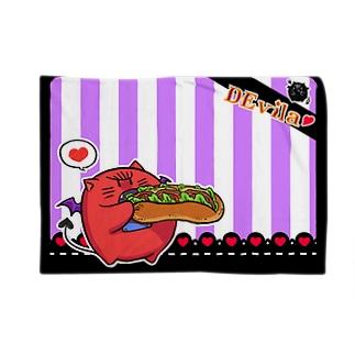 DEvila & sandwich (紫) Blankets