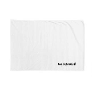 Lab Re:beaute Blanket