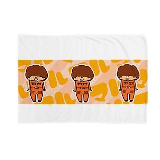 まる Blankets