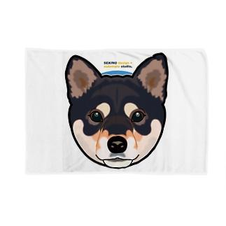 Kuroshiba-001 Blankets